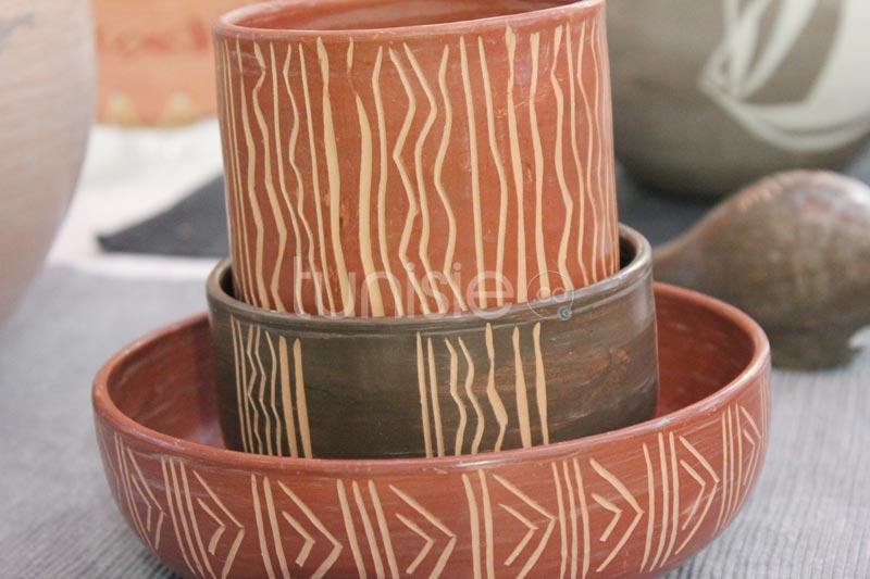 Panoplie d'artices en poterie, à usage fonctionnel et décoratif !